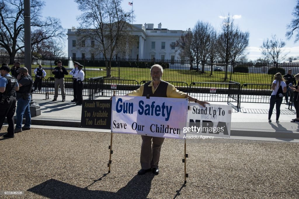 Students Protest outside White House for Gun Control after Parkland Mass Shooting : News Photo