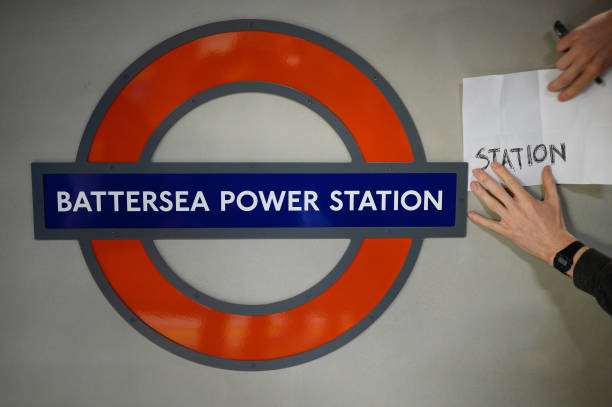 GBR: London Tube Adds Two New Stations In First Major Expansion In Years