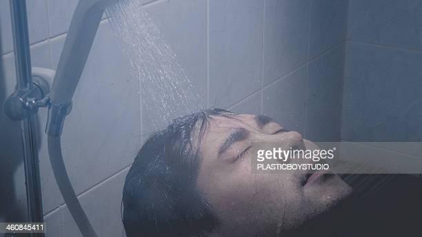 Man / hot water / shower / water droplets / bath