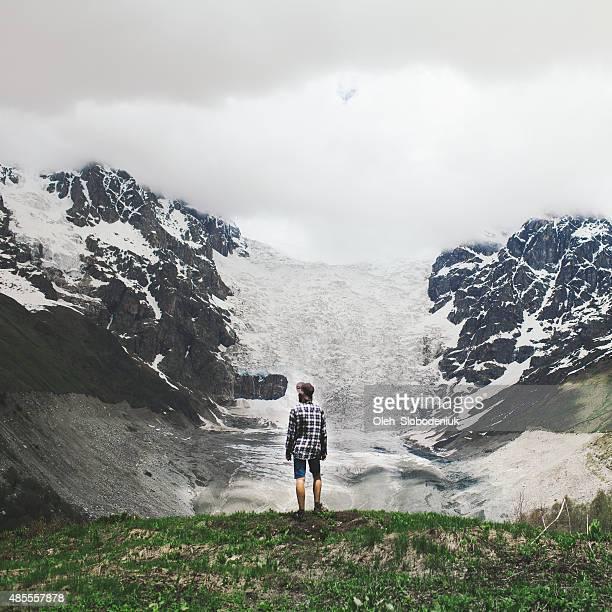男性の山脈