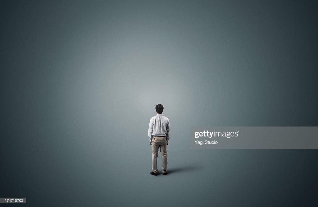 Man is standing : Stock-Foto