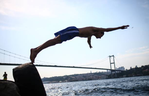 Extreme Hot Weather Fans : Hot weather in istanbul pictures getty images