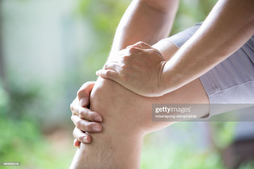 Man knee pain : Stock Photo