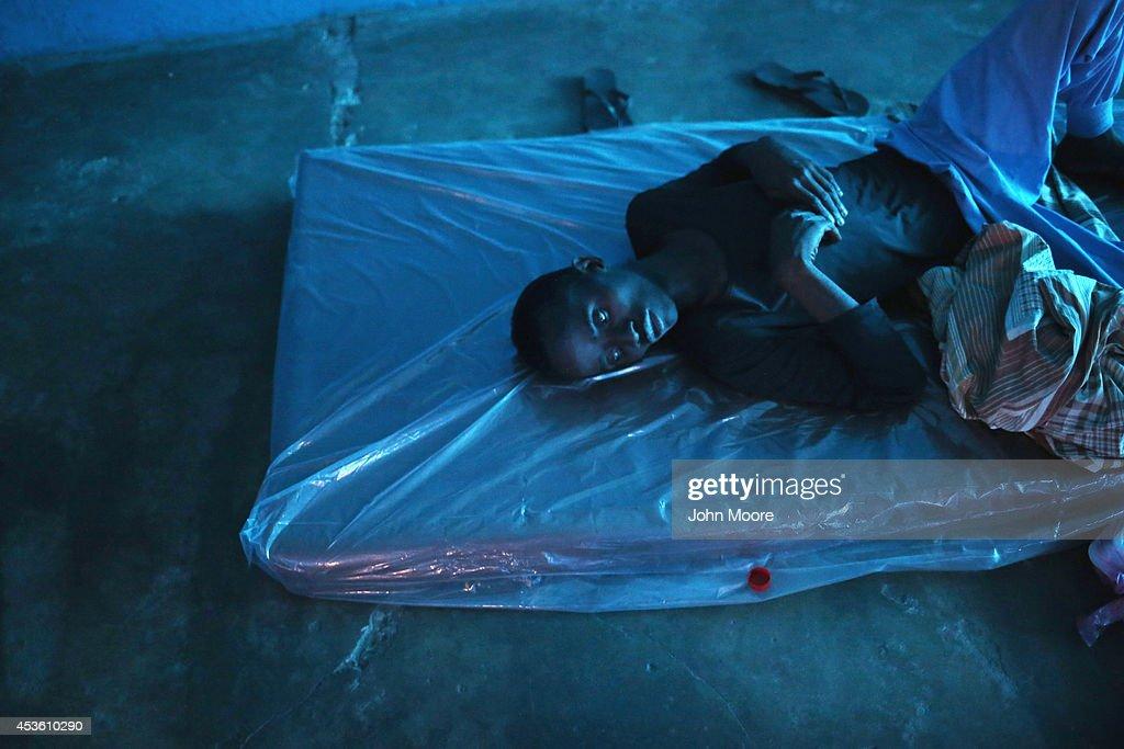 Liberia Battles Spreading Ebola Epidemic : News Photo