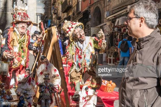 男クリスマス ベビーベッド ナポリ、イタリアでの販売を見て