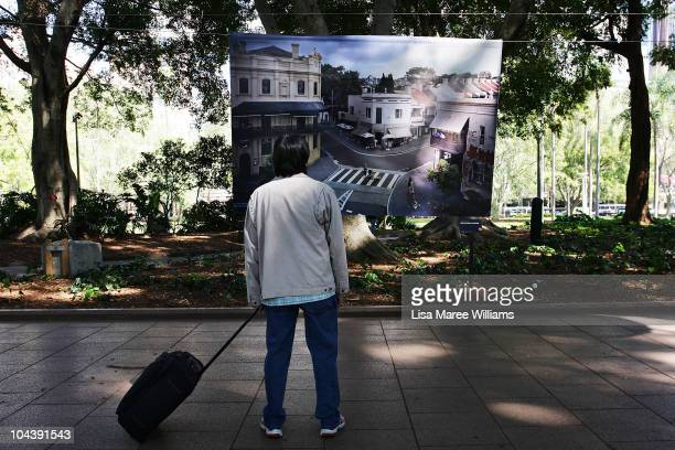 A man looks at a photograph by James Hill at the 2010 Sydney Life Photographic Exhibition in Hyde Park on September 24 2010 in Sydney Australia The...