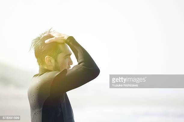 man lost in meditation - yusuke nishizawa stock pictures, royalty-free photos & images