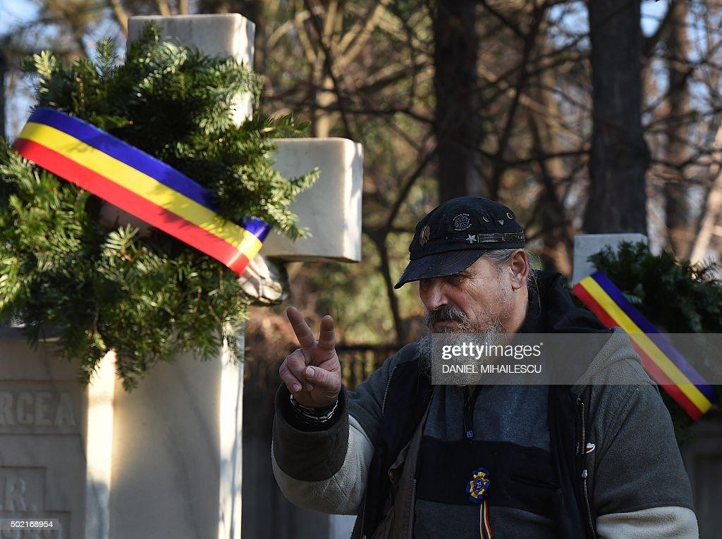 ROMANIA-REVOLUTION-COMMEMORATION-HISTORY : News Photo