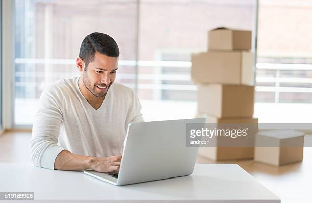 Man moving to a new office