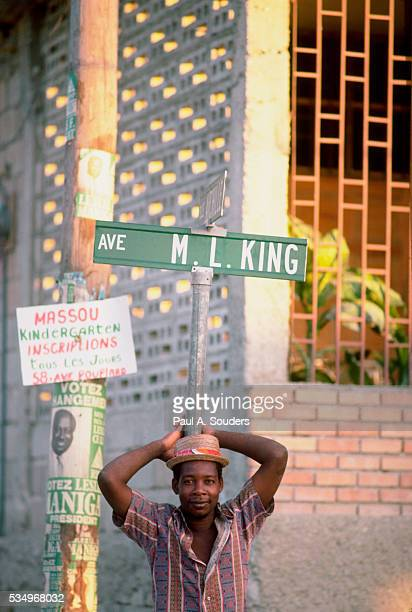 man on street corner - black history in the us stock pictures, royalty-free photos & images