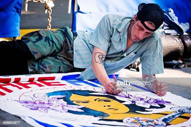 man 絵画のバナー 5 月 1 日にデモンストレーション - ユニオンスクエア ストックフォトと画像