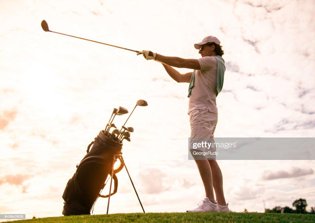 ゴルフの球筋を表す言葉【ドロー】と【フェード】ってどんな球?