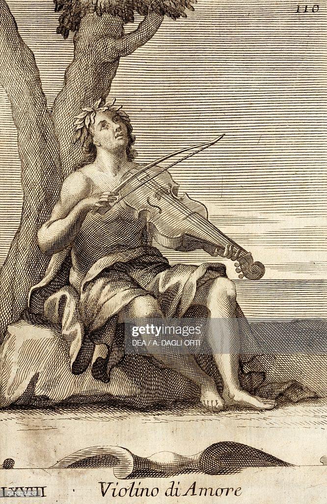 Man playing the violino d'amor...