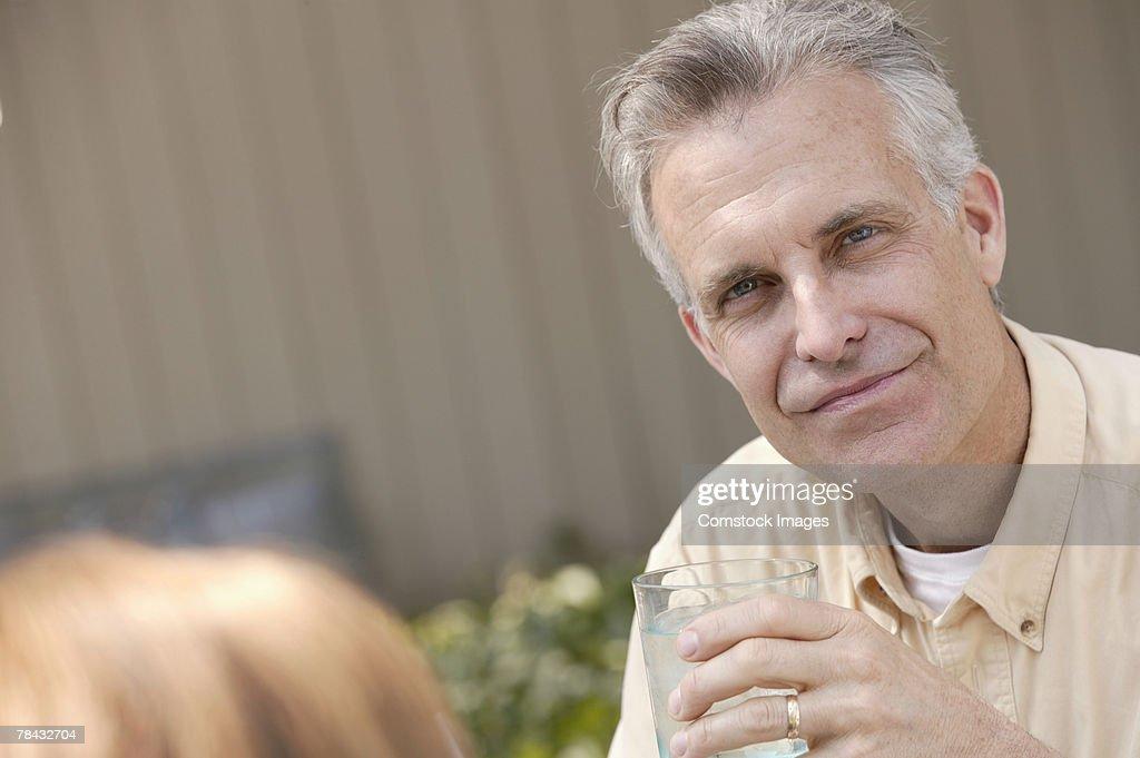 Man posing : Stockfoto