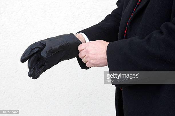 男性でパッティングのブラックのレザー手袋