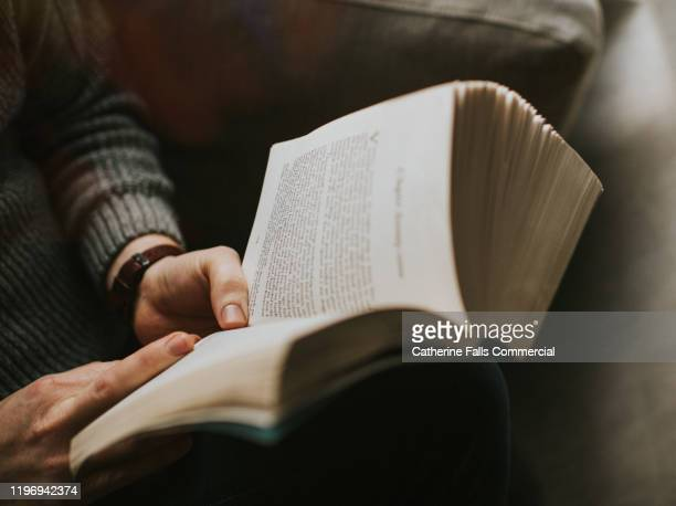man reading a book - open stock pictures, royalty-free photos & images