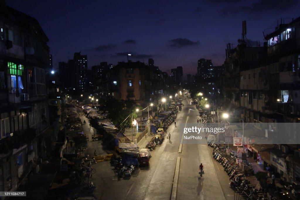 Mumbai Continue On Lockdown Due To Coronavirus Pandemic : ニュース写真
