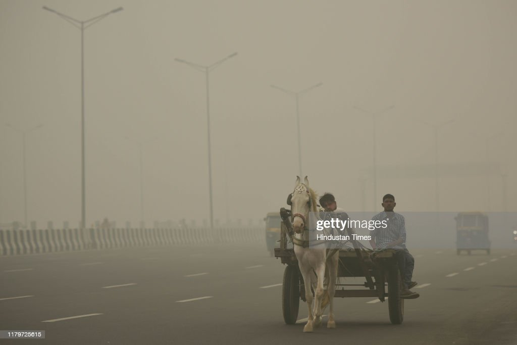 Pollution Maintains Chokehold On Delhi-NCR As Air Quality Breaches Index In Some Areas : News Photo