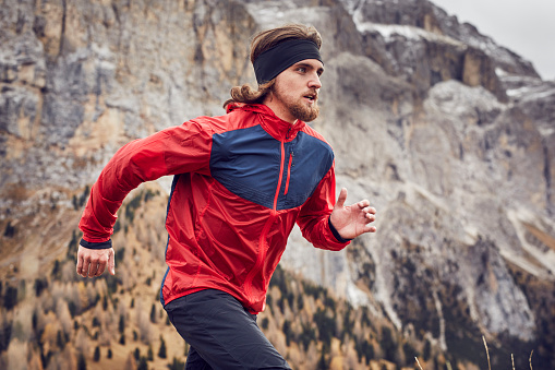 Man running in mountains - gettyimageskorea