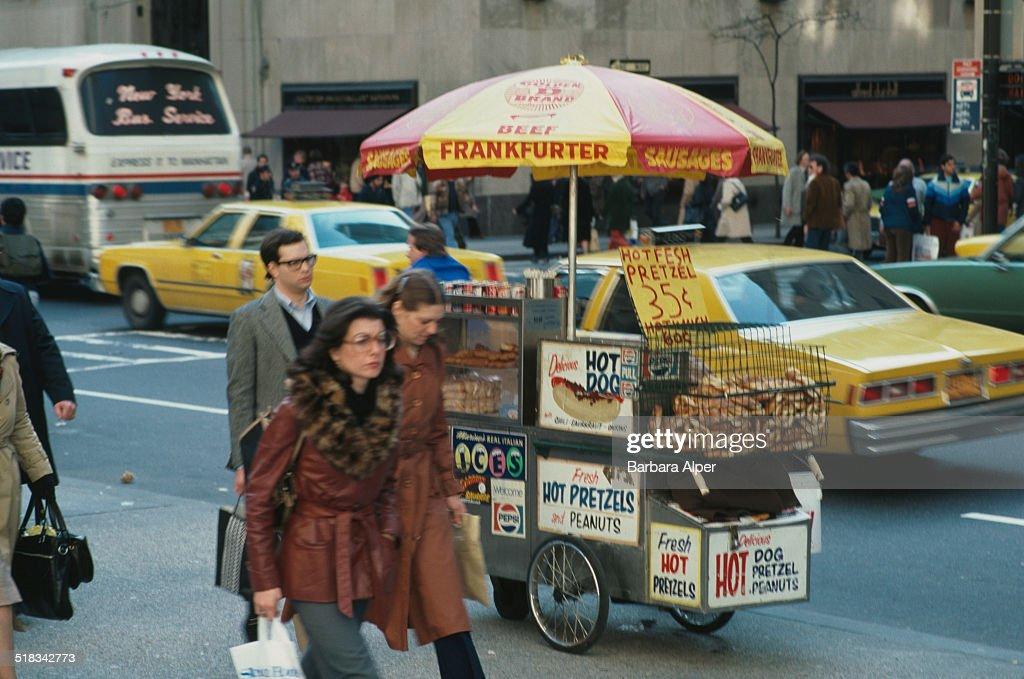 Street Vendor : News Photo