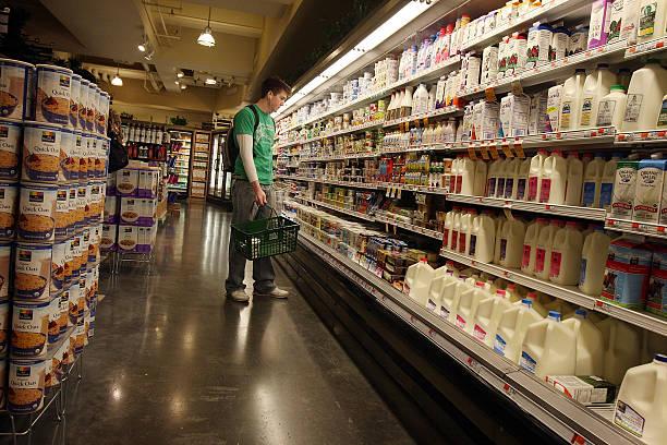 Photos et images de Wholesale Prices Rise Less Than Expected