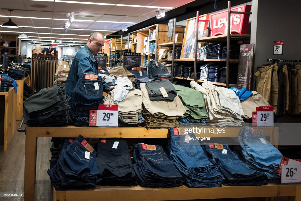 92b65651c A man shops at a JC Penney department store in the Manhattan Mall ...