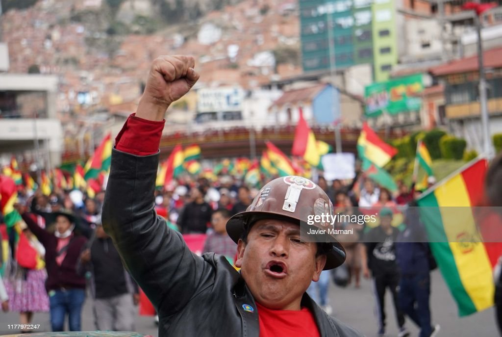 Protests In Bolivia As Presidential Election Results Delay : ニュース写真
