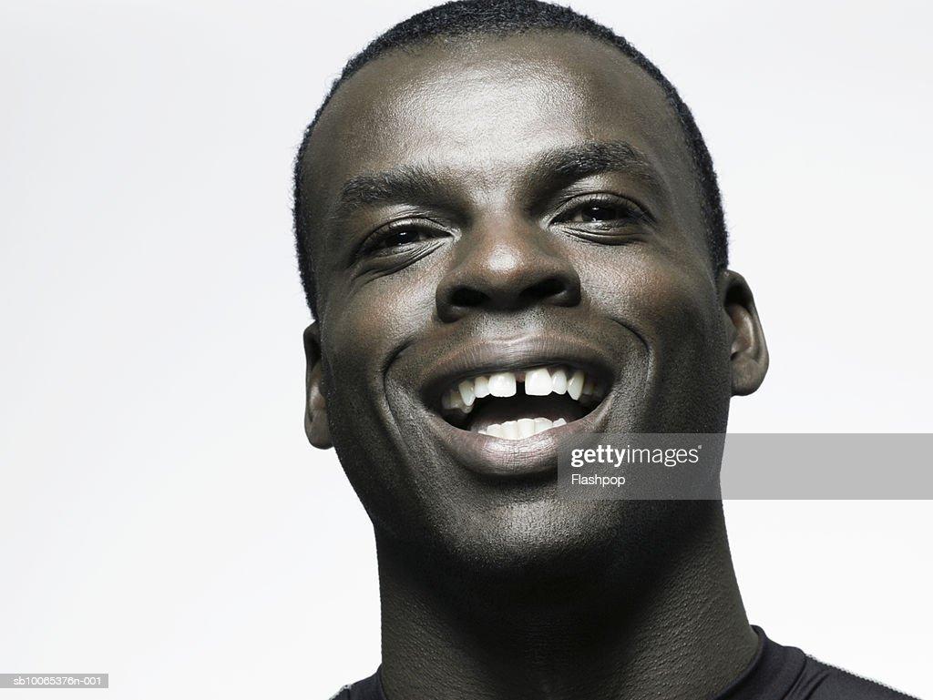 Man smiling, close-up : Foto stock