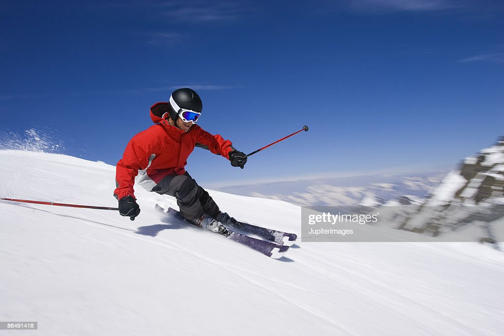 Man snow skiing : Stock-Foto