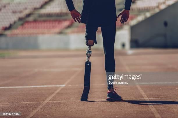 義足の男スプリンター - 陸上選手 ストックフォトと画像