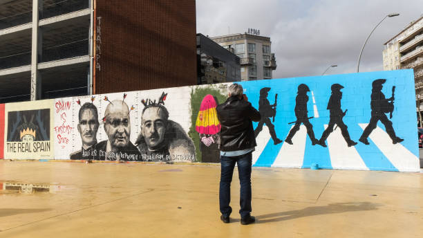 ESP: Urban Artists  Support Imprisoned Rapper Pablo Hasel With Graffitis