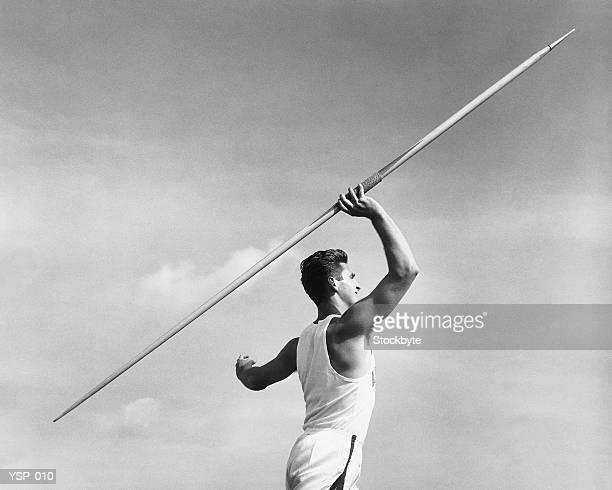 man 投げる javelin - やり投げ ストックフォトと画像