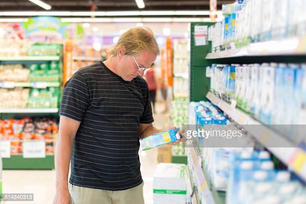 man to buy bottles of water.