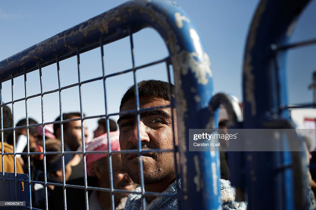 Refugees Flee Syria As ISIS Advances On Kobani : News Photo