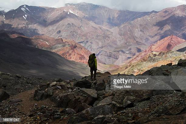 Man walkin in the border of the Aconcágua mount