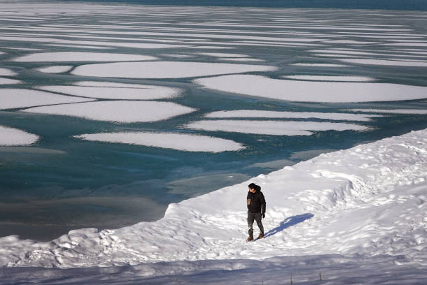 IL: Frigid Weather Continues In Chicago, With Temperatures Hovering In Single Digits Into Weekend