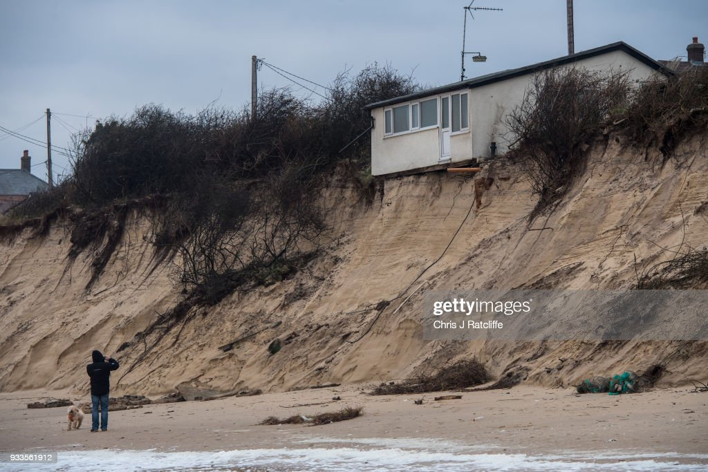 Residents Of Hemsby Cliff Edge Houses Evacuated