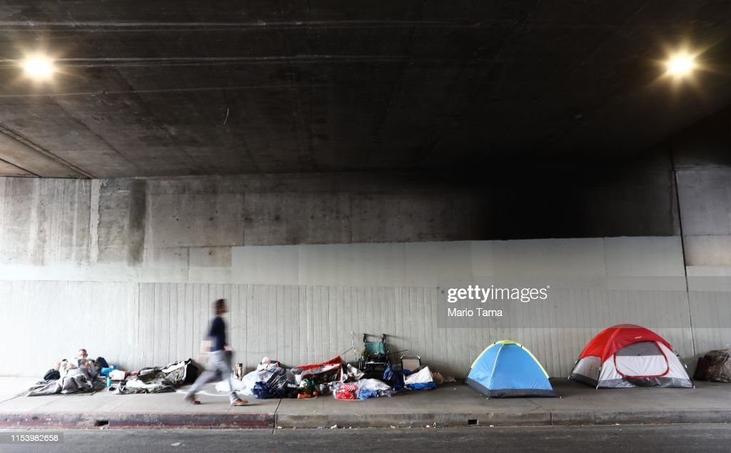 Homeless Populations Surge In Los Angeles County : News Photo