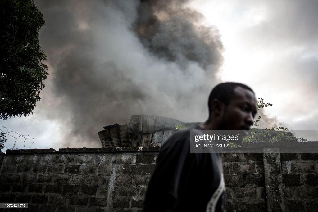 DRCONGO-POLITICS-VOTE-FIRE : News Photo