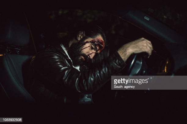 man was in car accident - of dead people in car accidents stock pictures, royalty-free photos & images