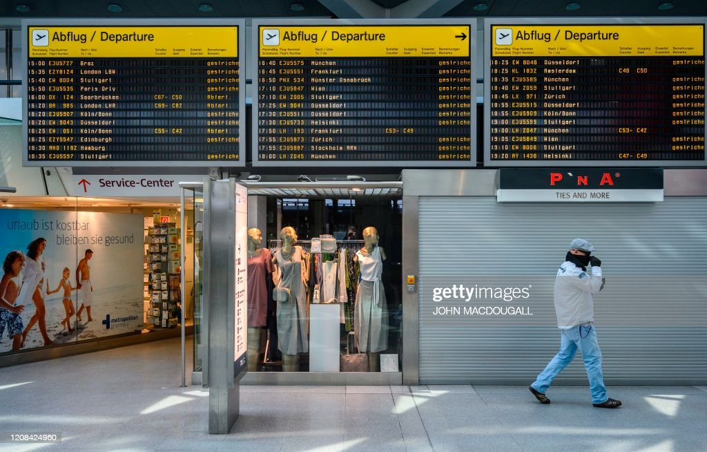 GERMANY-HEALTH-VIRUS-AIRPORT : News Photo