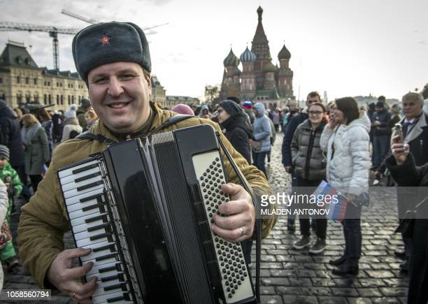 60 Top Russian Accordion Pictures, Photos, & Images - Getty Images