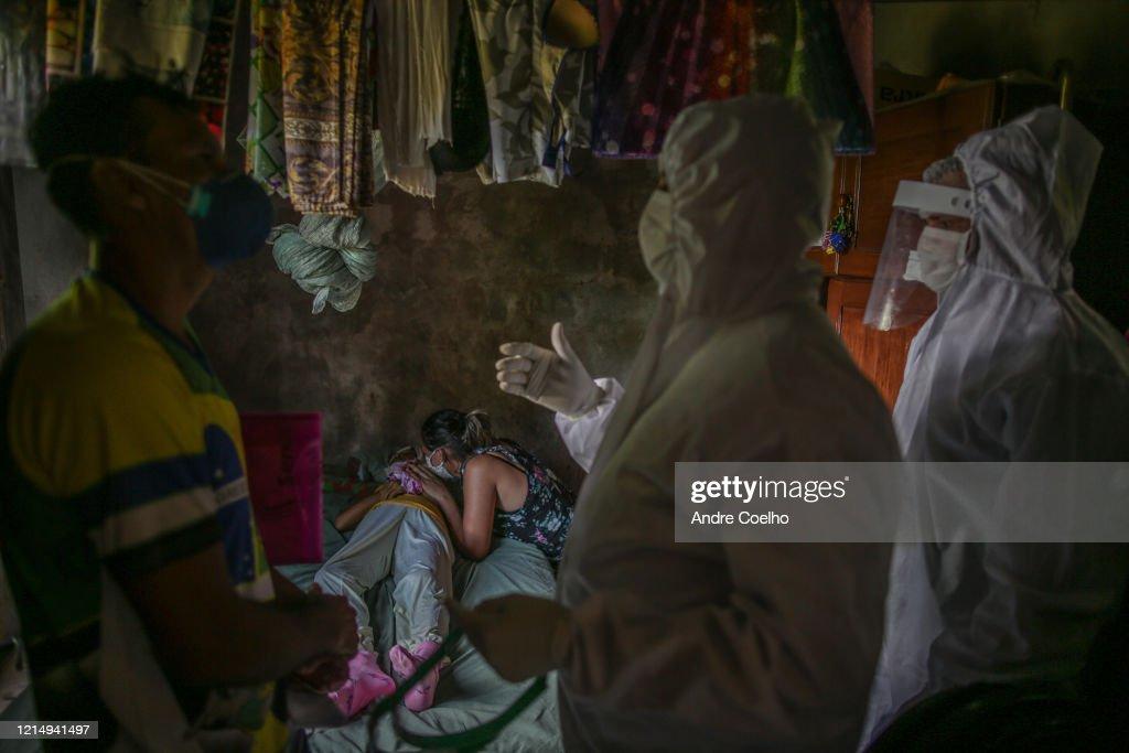 Coronavirus Pandemic Overwhelms Brazilian City Of Manaus : News Photo
