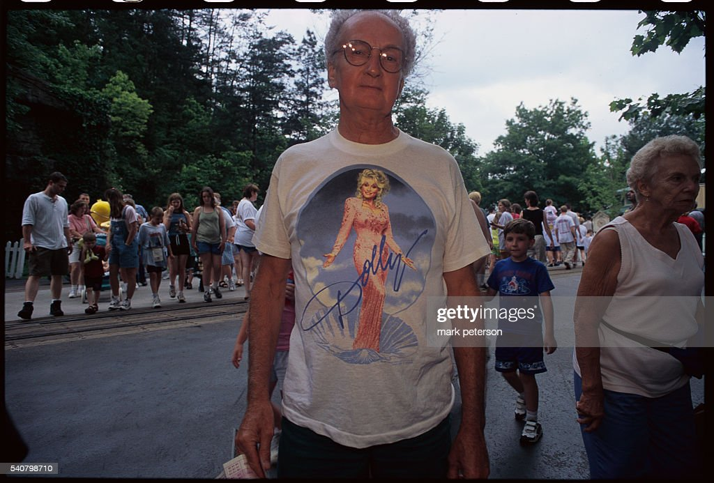 Man Wearing Dolly Parton T-Shirt at Dollywood : News Photo