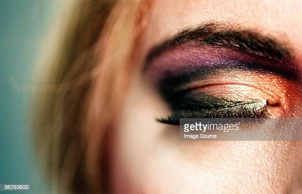 man wearing eye shadow - transvestite stock photos and pictures