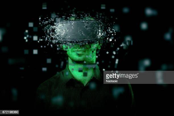 Mann mit virtual reality-headset