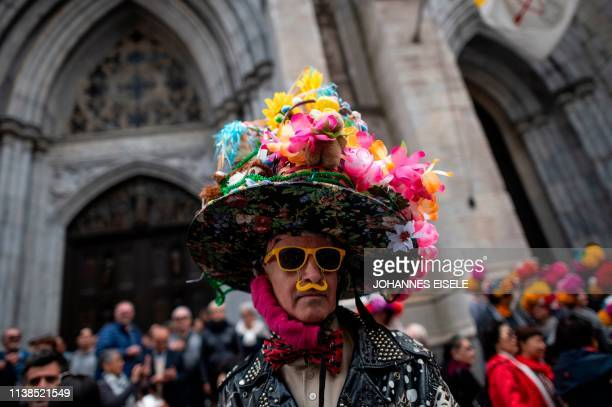 A man wears a decorated hat during the annual NYC Easter Parade and Bonnet Festival on 5th Avenue in Manhattan on April 21 2019 in New York City