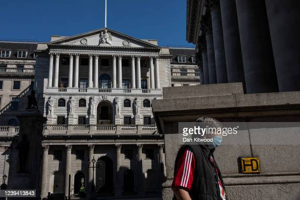 A man wears a face mask near the Bank of England on June 01 2020 in London England The British government further relaxed Covid19 quarantine measures...