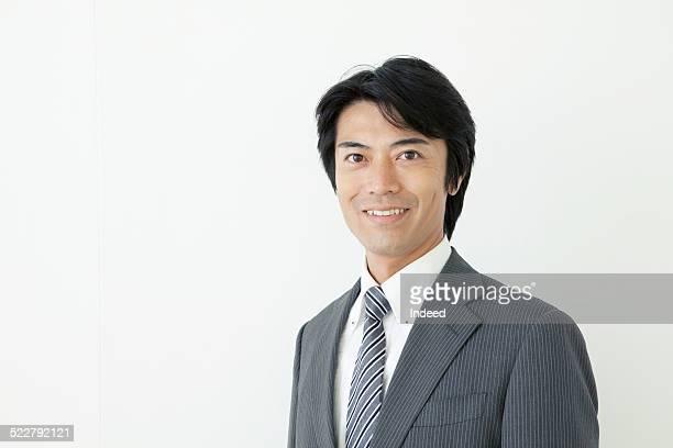 A man who makes a pose