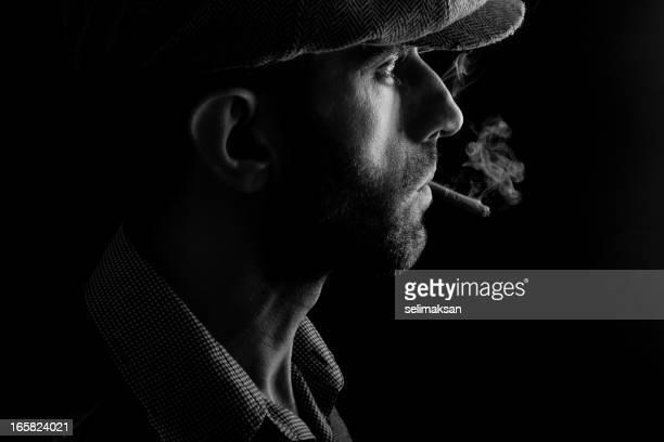 Mann mit Hut Rauchen Zigarren